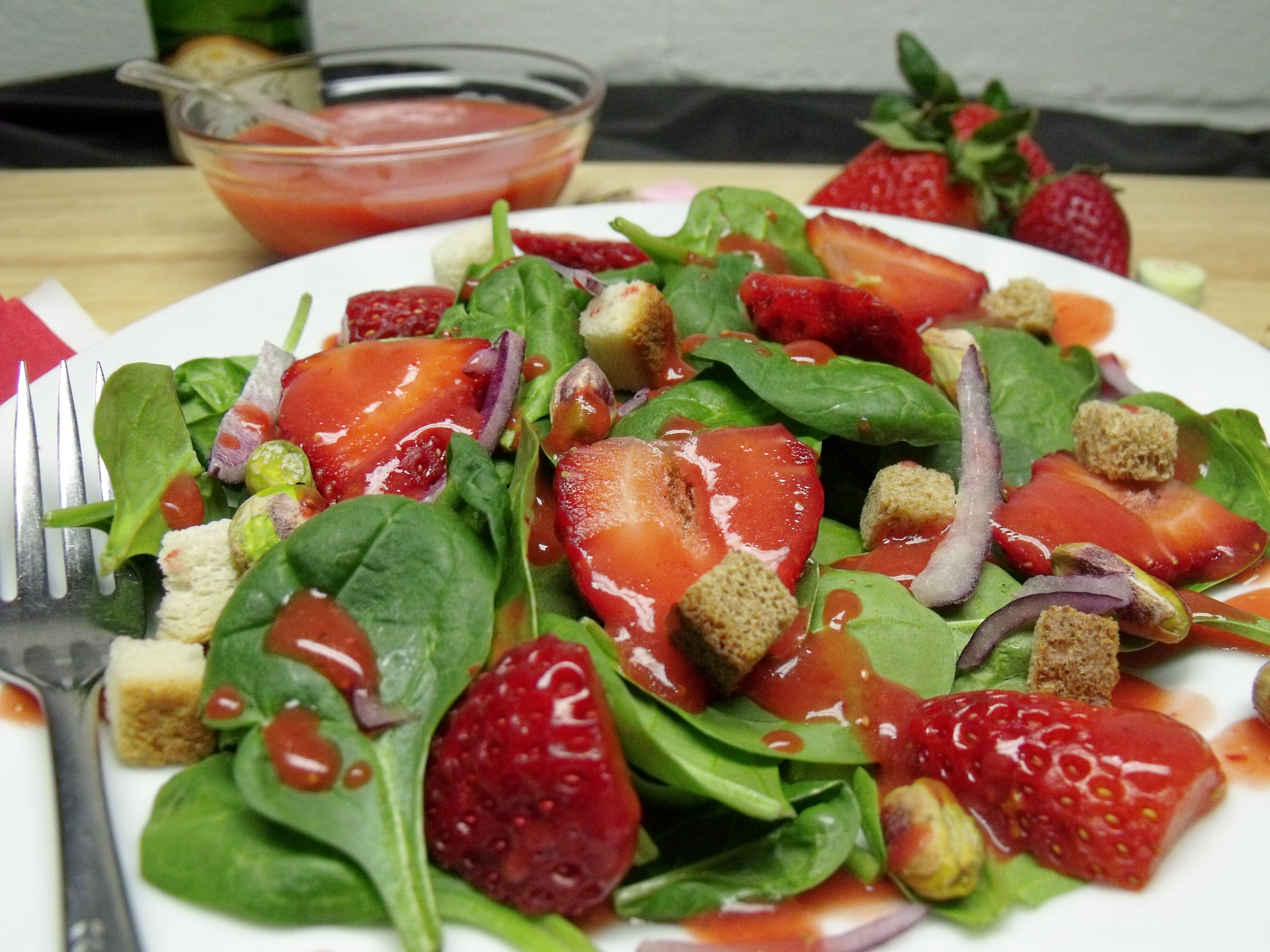 Spinach Strawberry Salad with Fresh Strawberry Champagne Vinaigrette