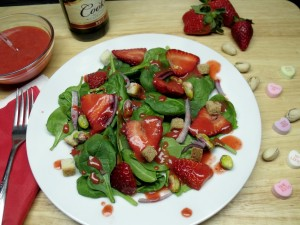 spinach fresh strawberry salad
