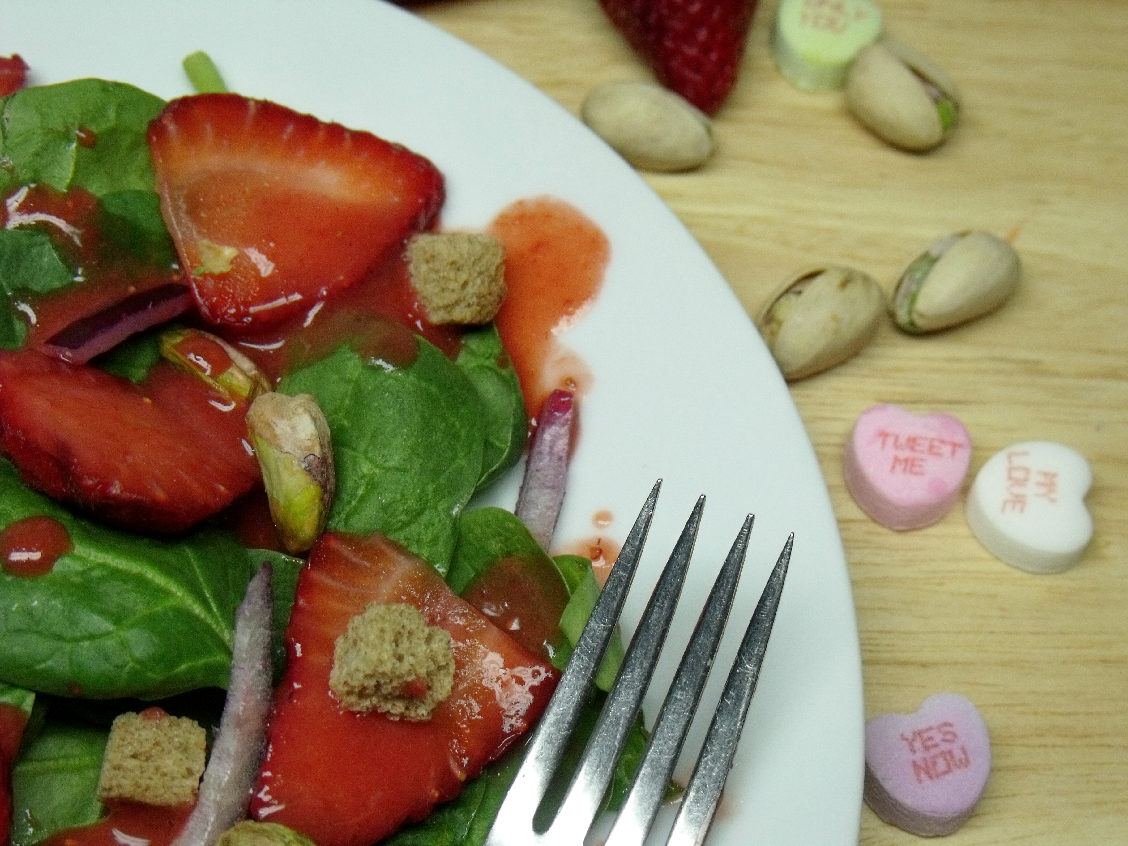 Spinach and Strawberry Salad with Fresh Strawberry Champagne Vinaigrette