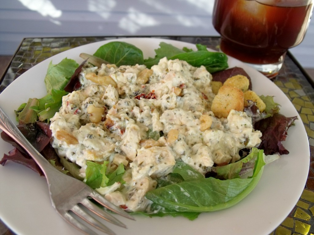 creamy chicken pesto salad plate