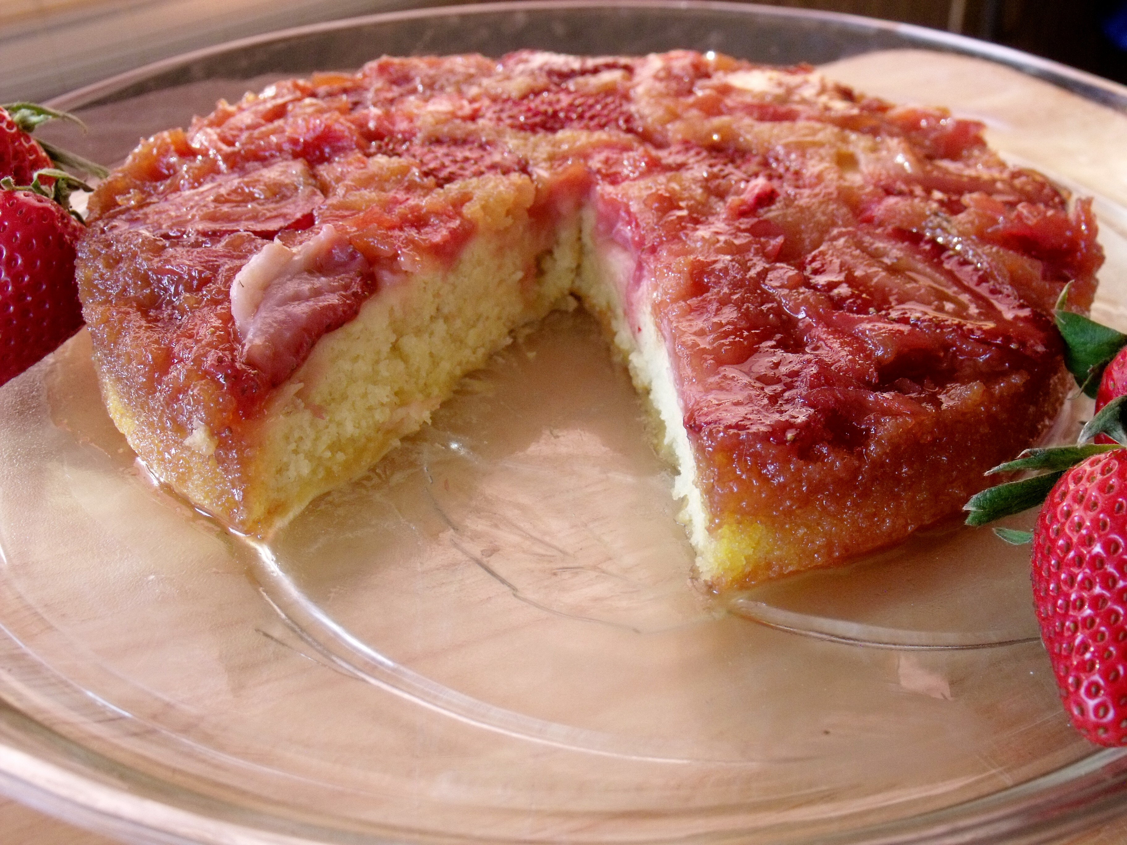 Strawberry Rhubarb Upside Down Cake Sundaysupper Cindy S Recipes