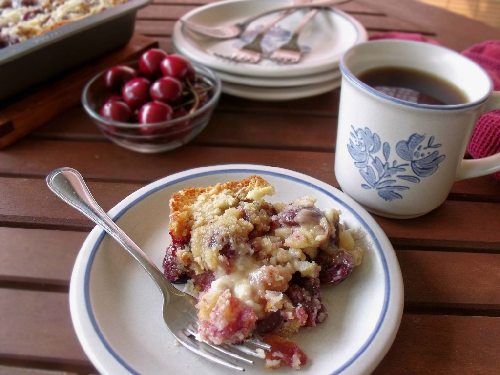 Cherry Cheese Streusel Cake