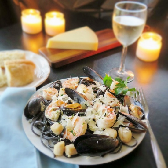 Seafood Scampi setting_edited-2 (550x550)