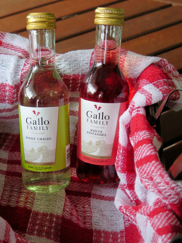 Gallo mini bottles