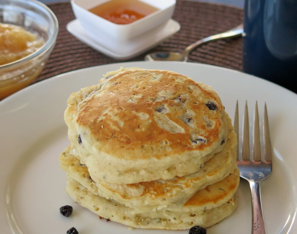 Fruity Hemp Seed Pancakes