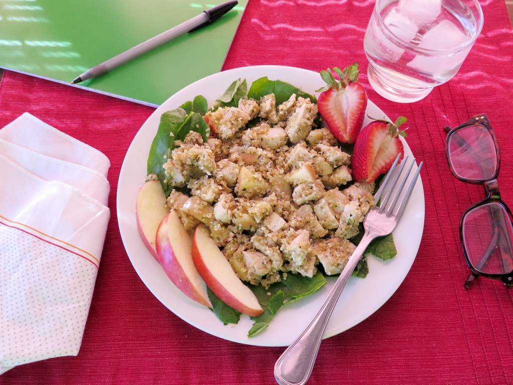 Chicken Quinoa and Apple Salad setting