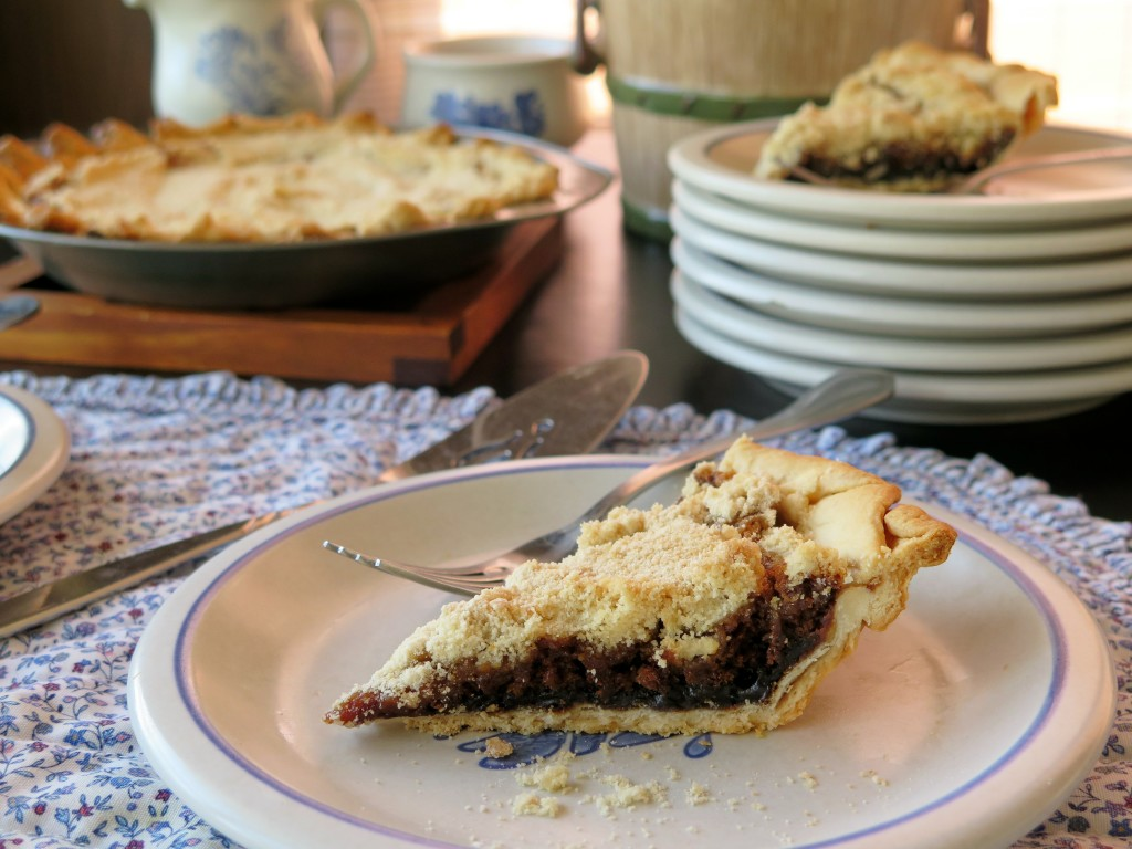Shoofly Pie Table
