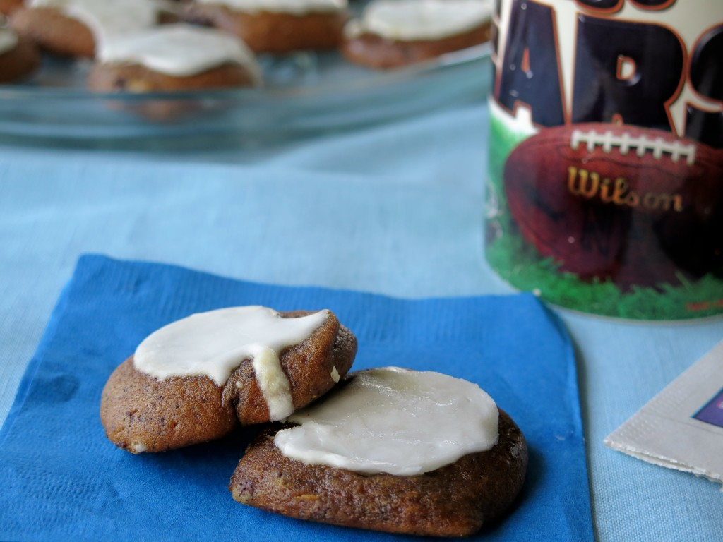 Molasses Chocolate Chunk Cookies #FillTheCookieJar - Cindy ...