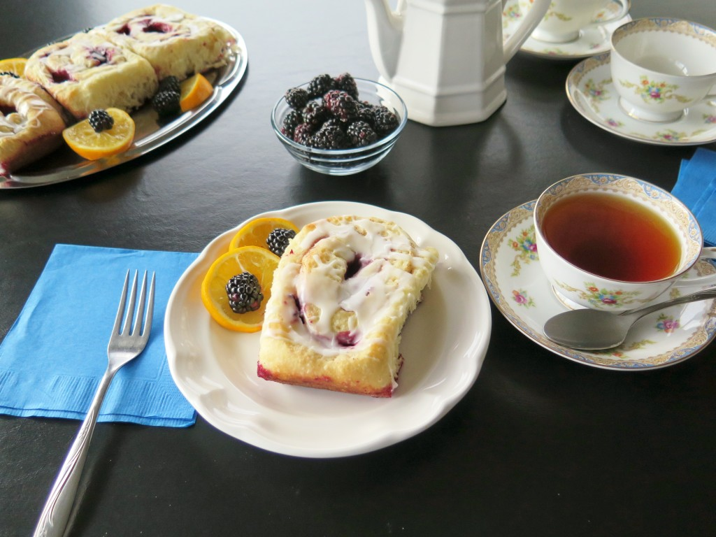 Meyer Lemon Blackberry Roll set