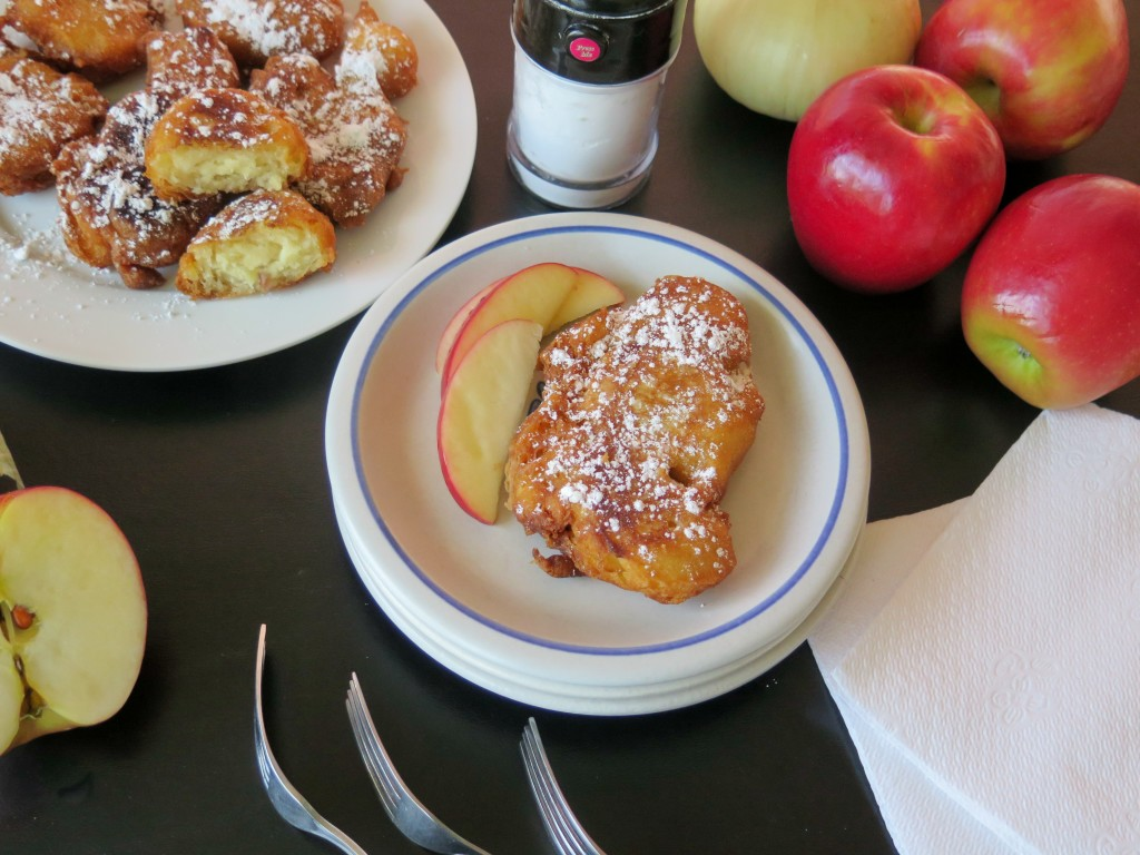 apple onion fritter table