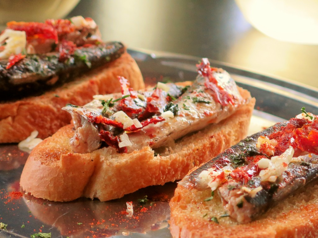 So I combined all these hints of smoke into an easy tapas crostini. It ...