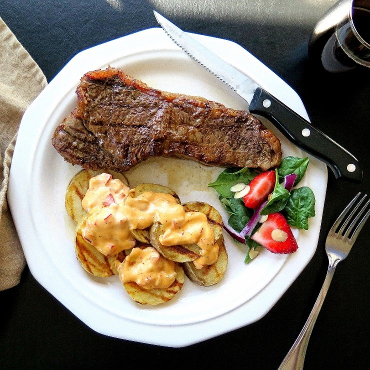 Tangy Tomato Chai Steaks & Saucy Grilled Spuds