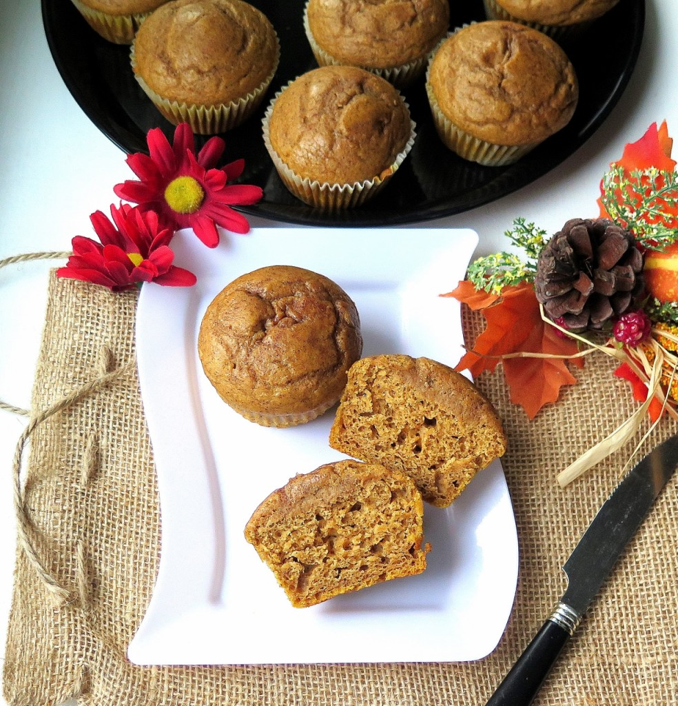 pumpkin-muffins-and-tray-1230x1280