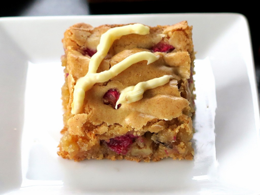 Cranberry Blondie