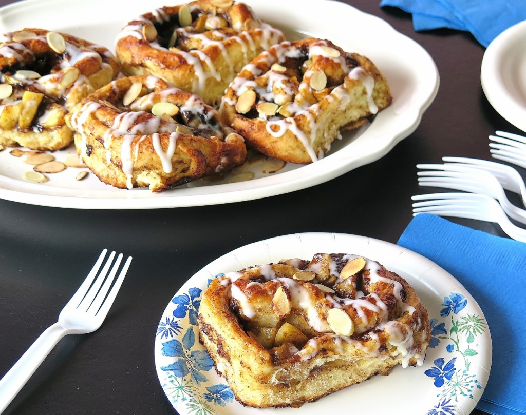 Apple Lekvar Sweet Rolls #BrunchWeek
