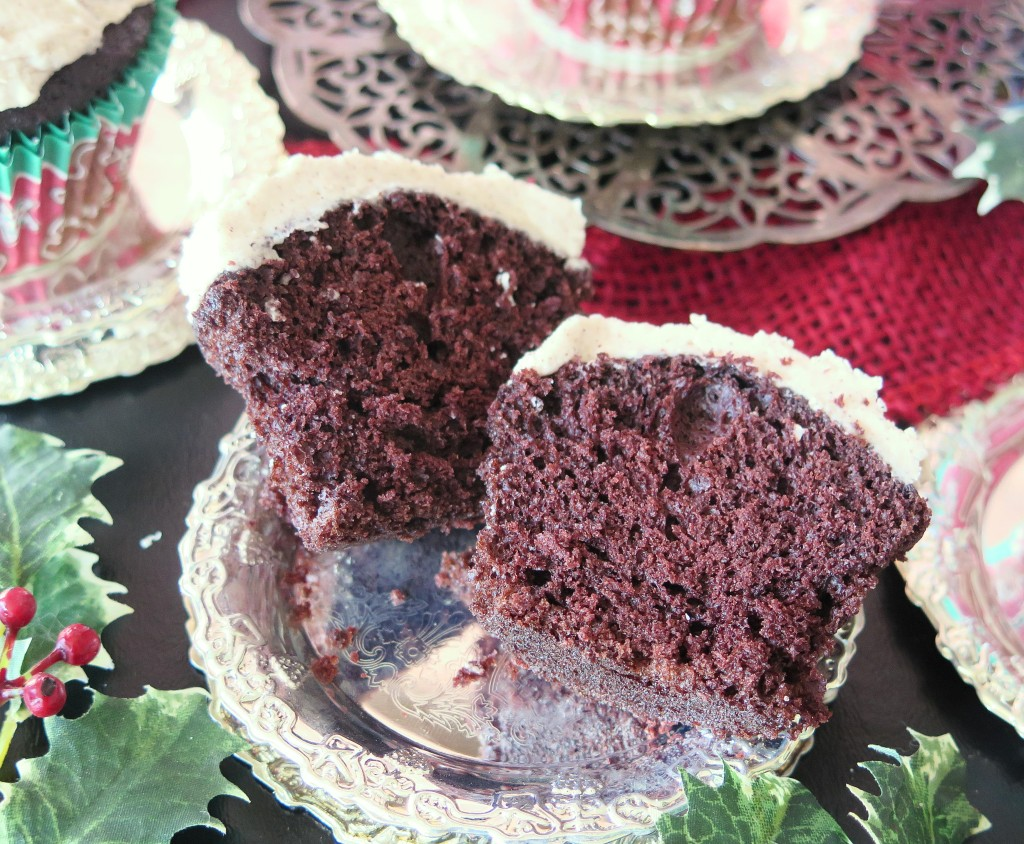 Chocolate Gingerbread Cupcake